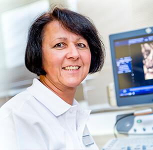 Dr. med. Claudia Linn